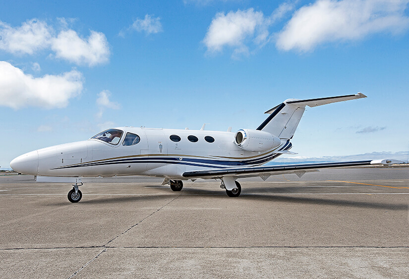 From San Francisco to Santa Monica: Aircraft Charter for Commuting in California and Beyond